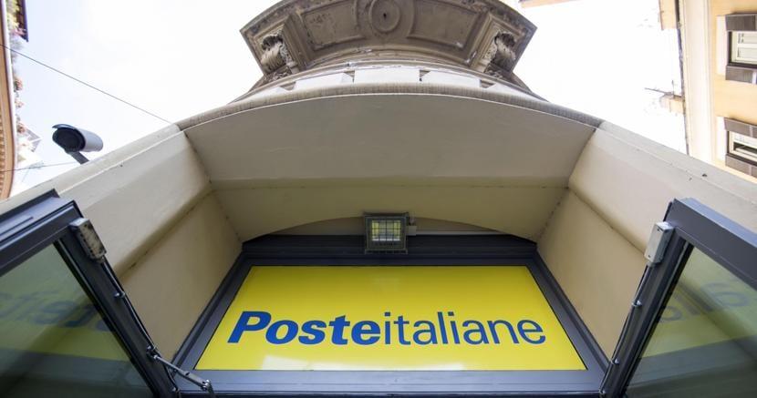 Poste italiane (Ansa)