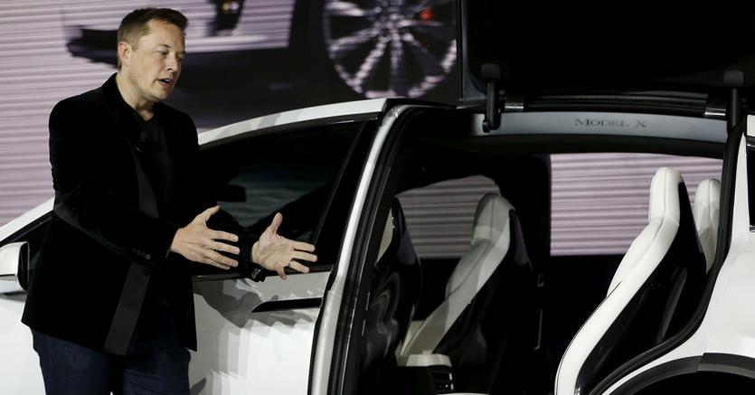 Elon Musk presenta la Model X (Reuters)