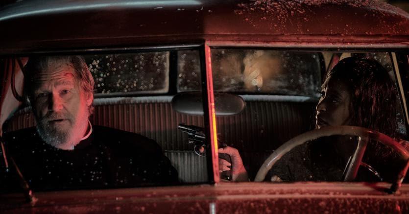 """Jeff Bridges e Cynthia Erivonel film della Twentieth Century Fox's """"Sette sconosciuti a El Royale."""""""