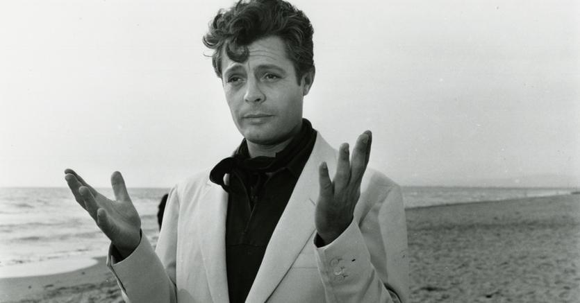 Marcello Mastroianni in La dolce vita, Cineteca di Bologna, Reporters Associati & Archivi