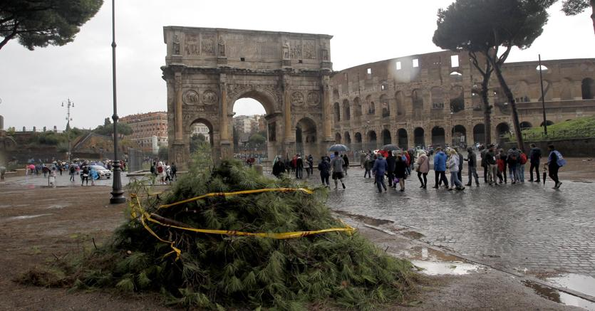 Allerta maltempo, domani scuole chiuse a Roma