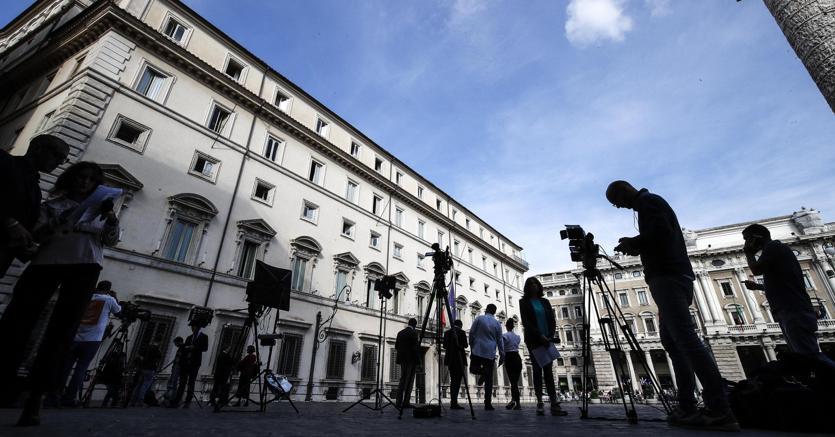 Banche: Fraccaro, ok a norma anti spread per Bcc