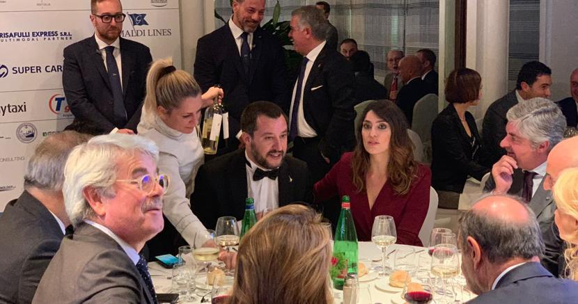 Matteo Salvini ed Elisa Isoardi alla cena organizzata a Roma da Alis, associazione logististica per l'intermodalità sostenibile