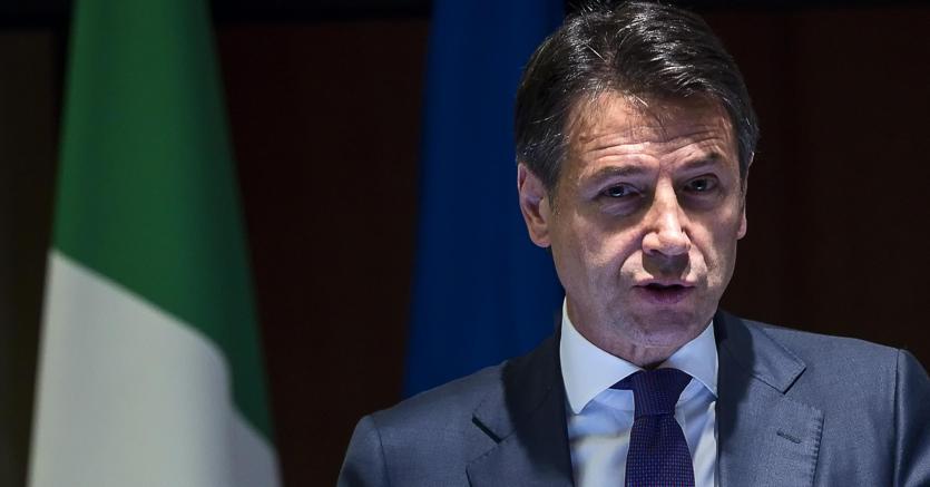 Il presidente del consiglio Giuseppe Conte (Ansa)