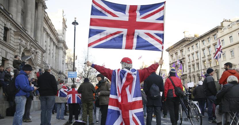 Una manifestazione pro-Brexit a Londra domenica 9 novembre (Ap)