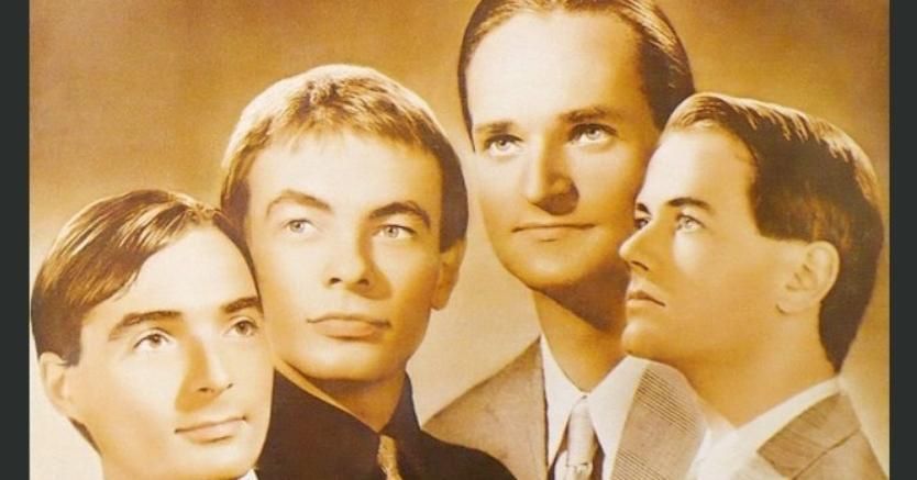 I Kraftwerk sulla compertina di «Trans Europe Express», l'album che ha dato origine alla controversia sui diritti connessi