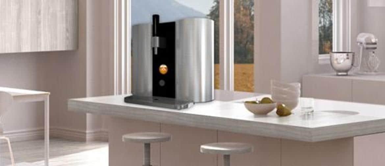 LGElectronics, HomeBrew, macchina per fare la birra in casa, con capsule e con App per gestione in remoto