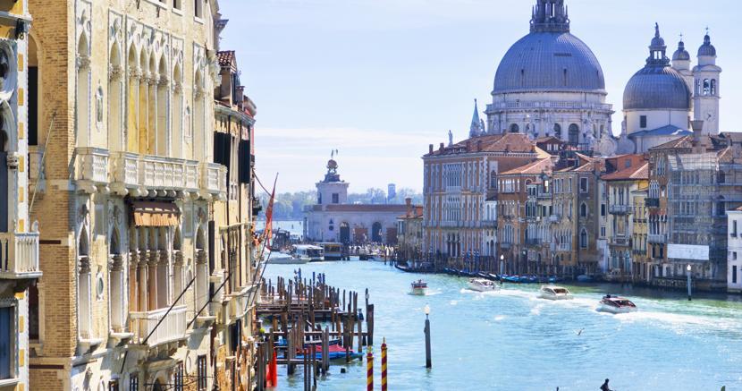 La tassa per chi sbarca a Venezia: ticket fino a 10 euro per ...