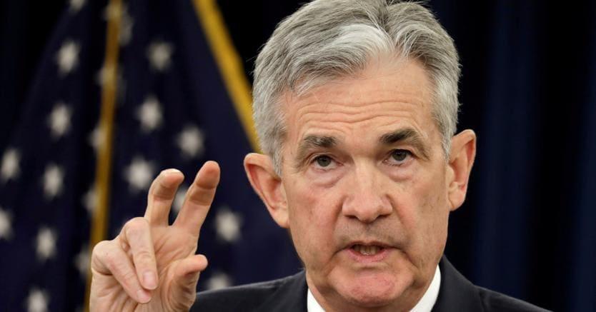 Fed, Powell: pazienti con rialzo tassi, pronti a cambiare rotta