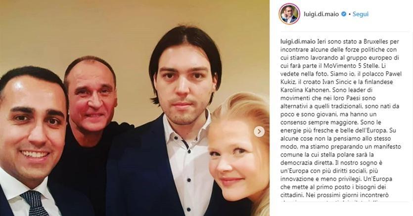 Da sinistra, Luigi Di Maio con il polacco Pawel Kukiz, il croato Ivan Sincic e la finlandese Karolina Kahonen