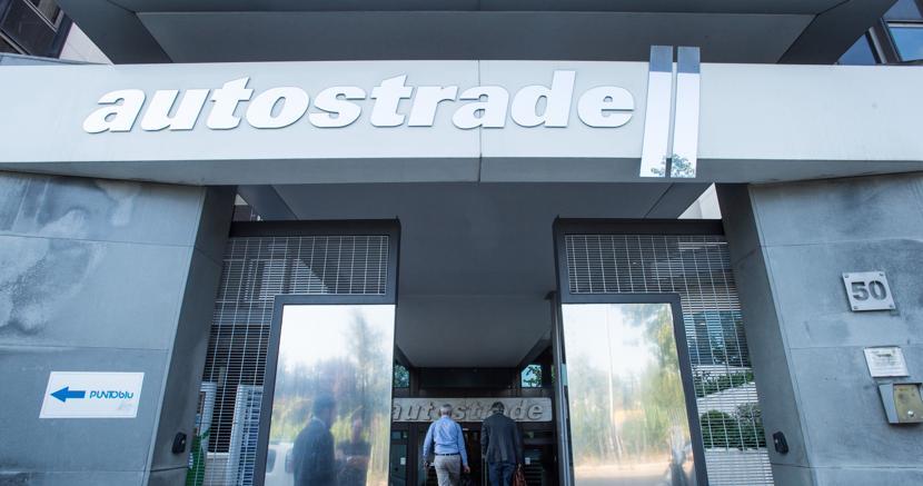 La sede di Autostrade per l'Italia (Imagoeconomica)