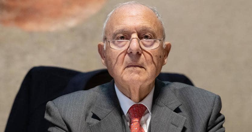 Presidenza della Consob, spunta l'ipotesi Paolo Savona