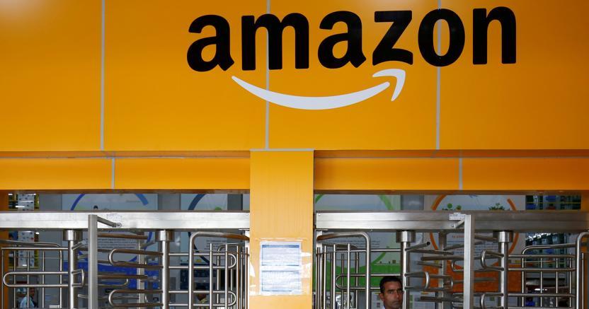 Lavoro, 14 dritte per essere assunti in Amazon