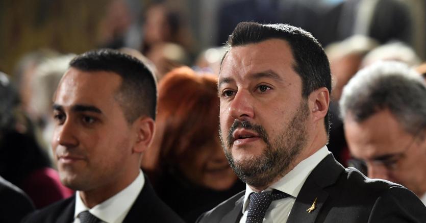 Da sinistra a destra, i due vicepremier del governo giallo verde Luigi Di Maio e Matteo Salvini (foto Ansa)