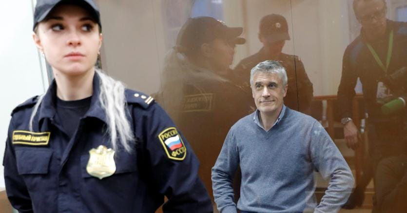 Accusato di frode:il banchiere americano Michael Calvey, arrestato a Mosca, in attesa dell'udienza