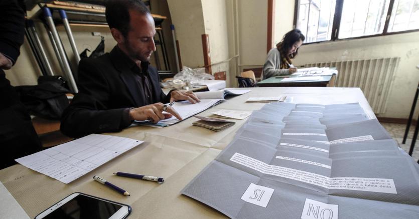 Con il primo sì della Camera l'istituto del referendum propositivo fa per la prima volta capolino nel nostro ordinamento (foto Ansa)