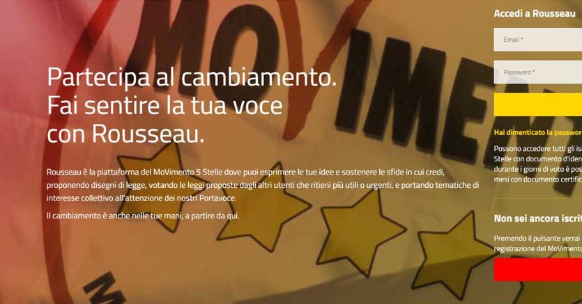 La proposta di legge dei Cinque Stelle sul revenge porn, ossia la diffusione pubblica di immagini o video sessualmente espliciti senza il consenso delle persone coinvolte, è stata pubblicata sulla piattaforma Rousseau per la condivisione con gli iscritti e per i loro suggerimenti