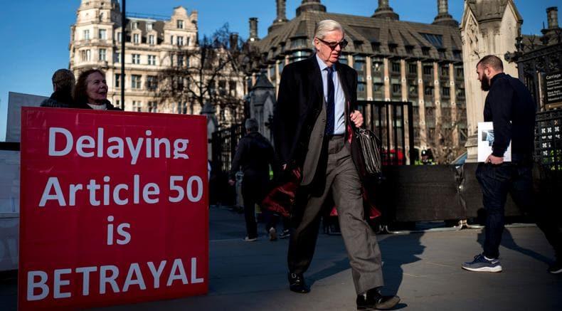 LONDRA Brexit, May vuole rispettare i tempi