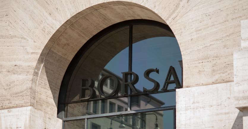 rapporto qualità-prezzo ultima vendita 100% di soddisfazione A Piazza Affari un lunedì all'insegna delle banche. Spread ...