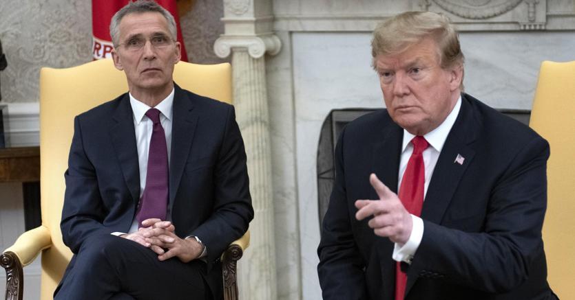 Donald J. Trump con Jens Stoltenberg (Epa)