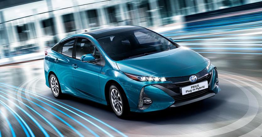 Toyota cede in uso gratuito 24.000 brevetti per la mobilità elettrificata