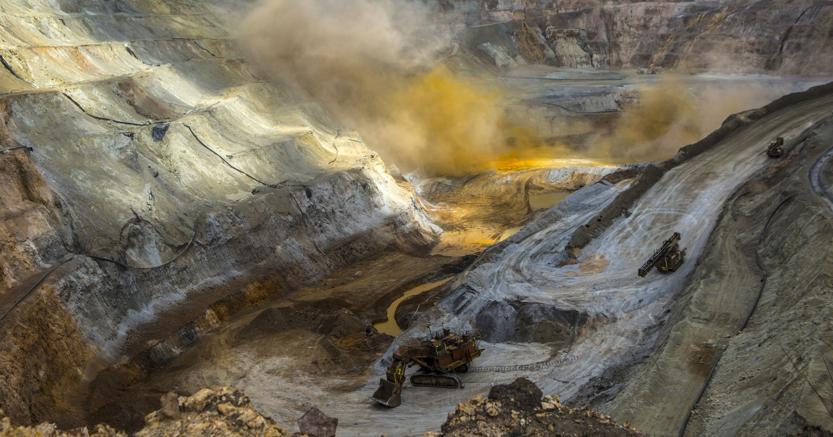 La miniera d'oro di Newmont a Yanacocha in Perù (Bloomberg)