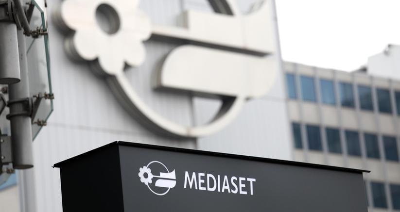 Mediaset, Cda si oppone a esercizio voto Vivendi e Simon in assemblea