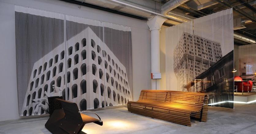 Esposizione di oggetti di design italiano a Exhibitaly, nel complesso archeologico-industriale Krasnij Oktjabr (2012)