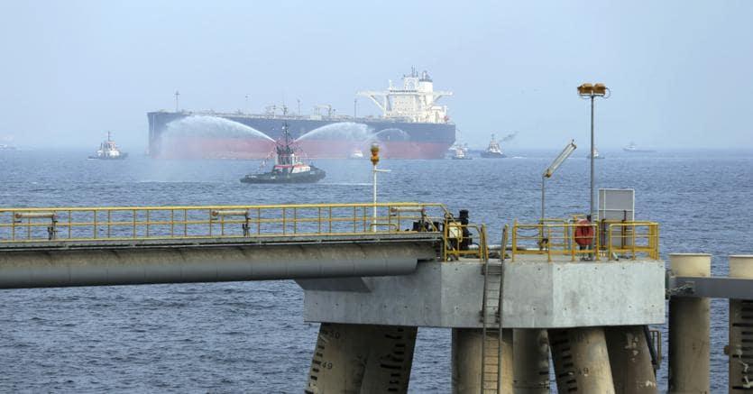 Riad: attaccate due petroliere nel settore marittimo dell'Arabia Saudita
