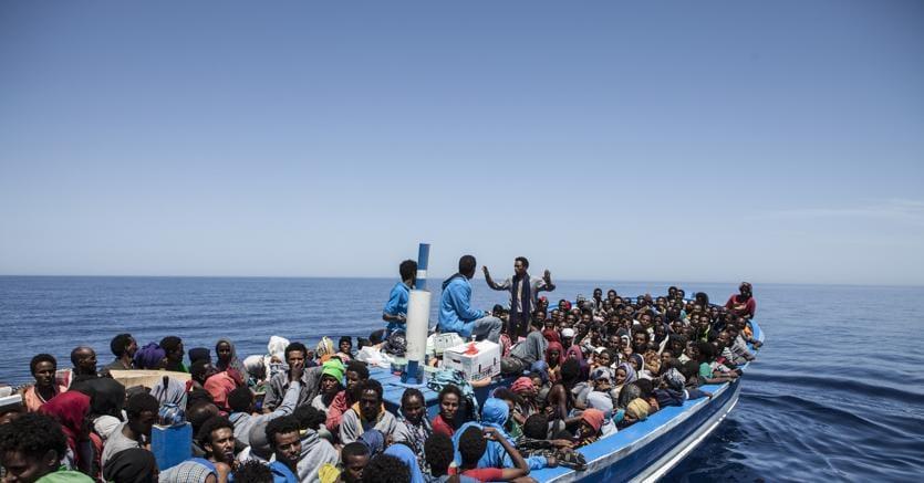 Sea Watch a 15 miglia da Lampedusa