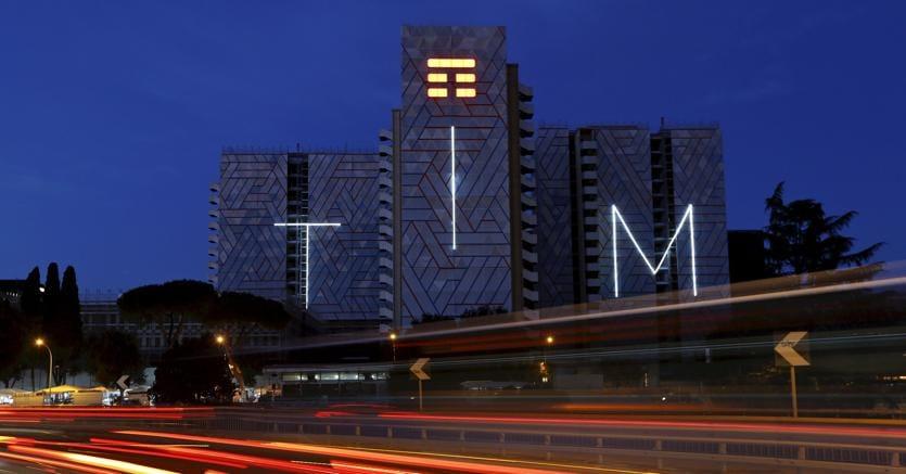 Borsa: Piazza Affari positiva, la trimestrale spinge Tim