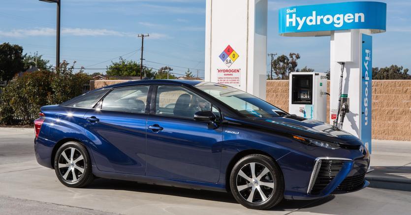 Auto a idrogeno, Toyota ed Eni rilanciano la sfida delle elettriche fuel cell