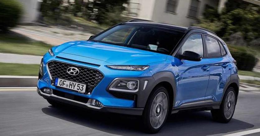 Hyundai Kona Hybrid, SUV green, prezzo da 23.500 euro