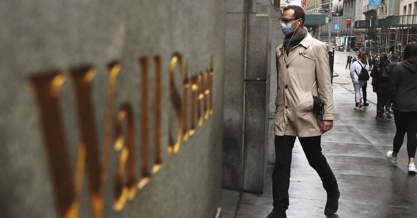 Quanto hanno guadagnato i Frondi ribassisti dal crollo dei mercati thumbnail
