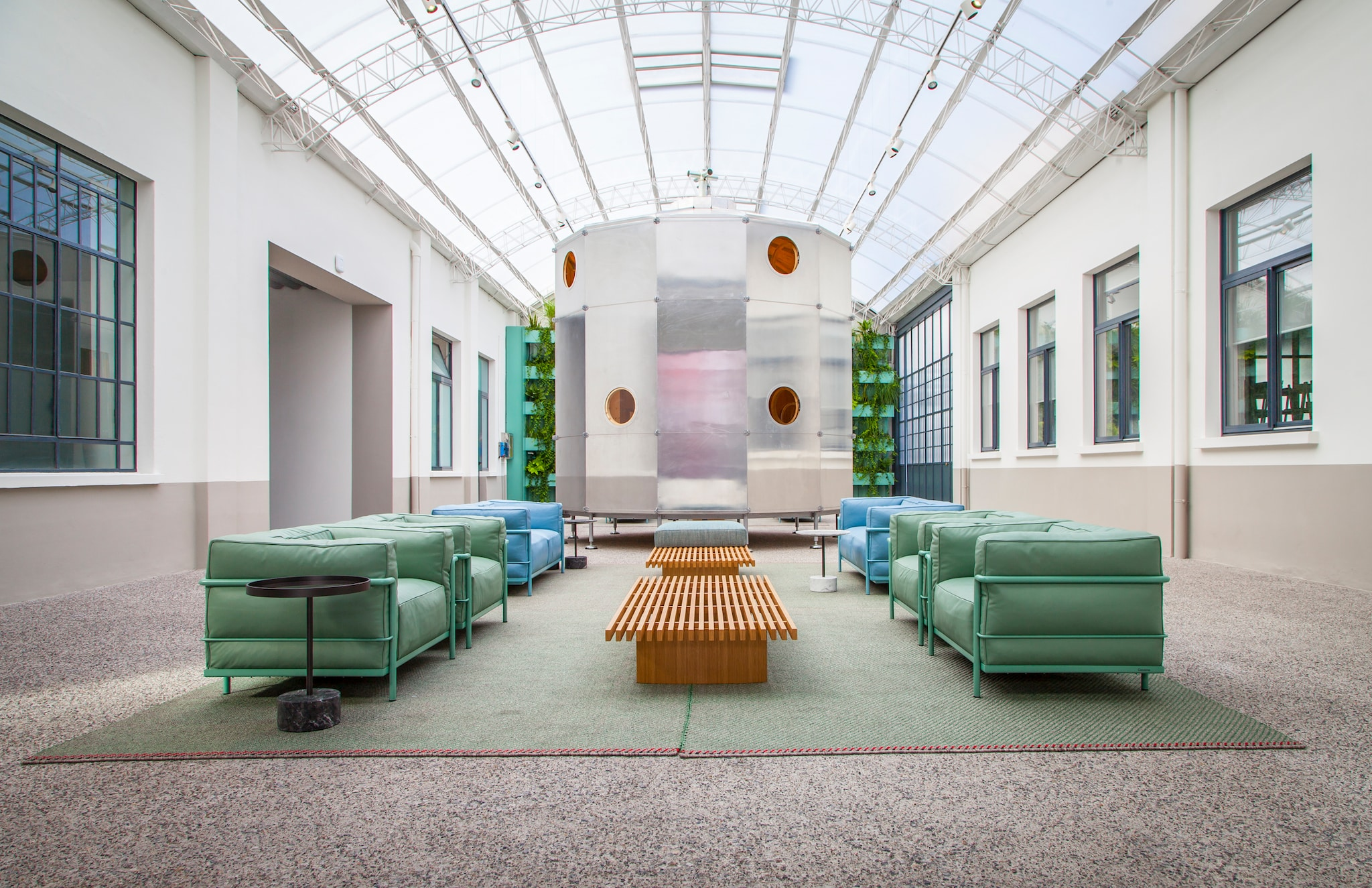 Siti Di Architetti Italiani design, le aziende orfane del salone mettono online le