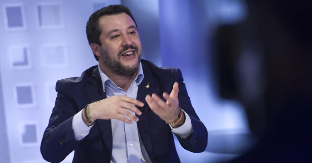 Salvini: «Lasciamo ripartire le aziende in sicurezza. Poi pace
