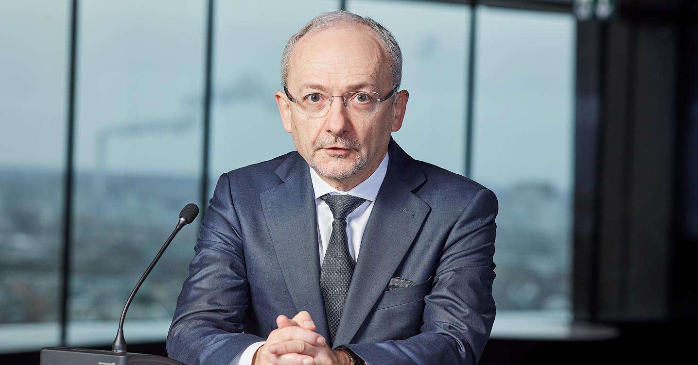Borio (Bri): «Solo la ripresa può sconfiggere il pericolo maxi debito»