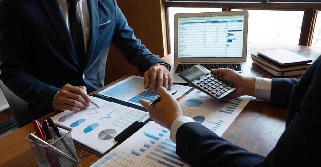 AdobeStock 261880077 professionisti calcolatrice kReFjpeg kUYC  1020x533@IlSole24Ore Web - Oltre 230 milioni di avanzo nel bilancio Enasarco