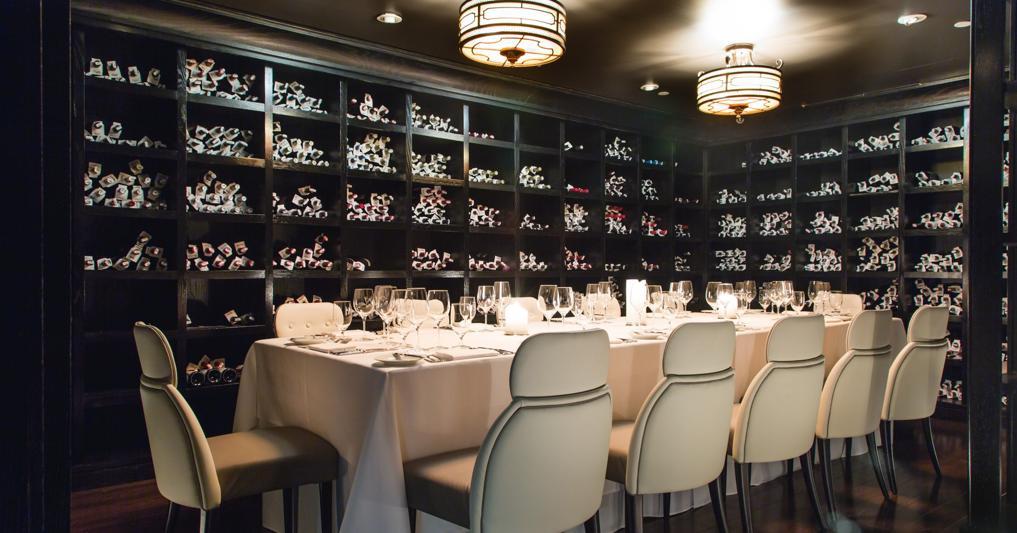 Bastianich mette all'asta 30mila bottiglie di vini italiani del ristorante di New York