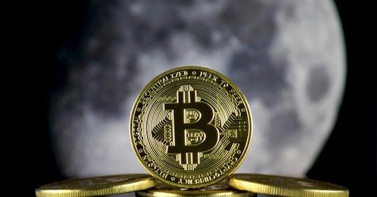 volume degli scambi bitcoin in diretta)