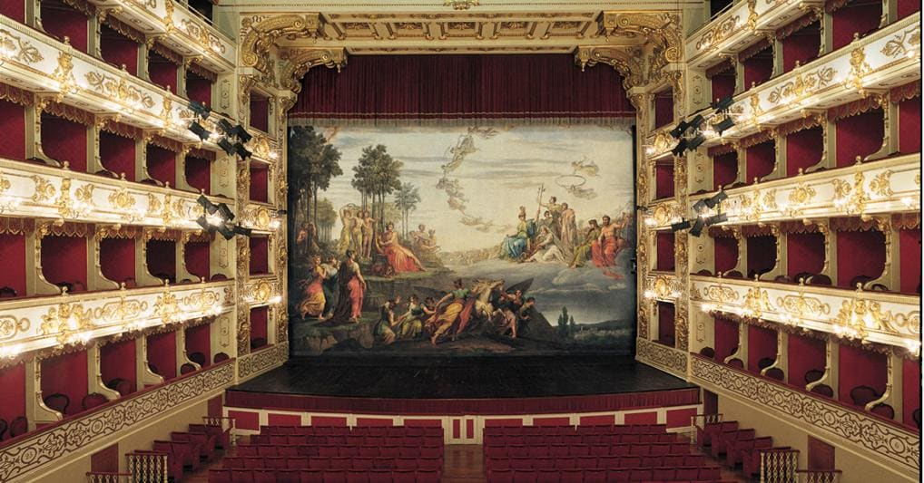 Limelight of sparkling lights for the Verdi Festival