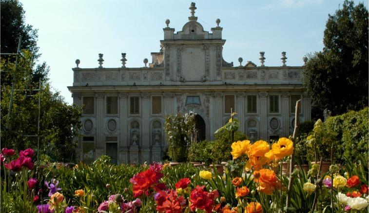 A roma rinasce borgo ripa il regno di donna olimpia giardino
