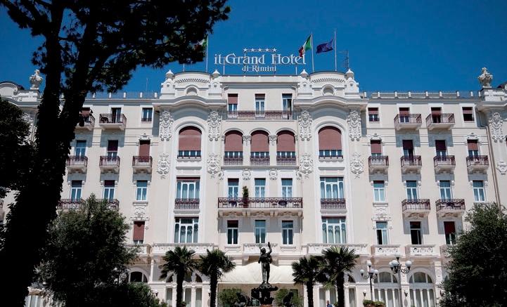 Grand Hotel di Rimini, 110 anni di mare, divi e sogni d ...