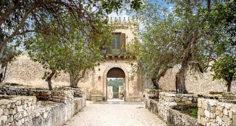 Gli effetti di #Ferragnez sul turismo a Noto (a prova di tour operator)