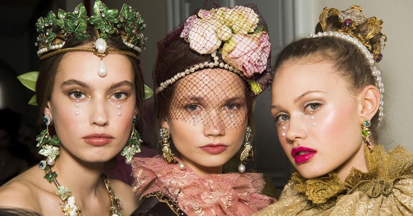 Dolce Gabbana porta il Rinascimento in passerella - Il Sole 24 ORE 1b7448992a2