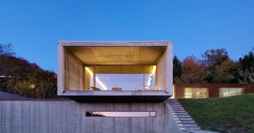 Casa Y, di Luca Maria Gandini, con la sua larga finestra rettangolare aperta sulle collina torinesi sarà visitabile per Open House Y