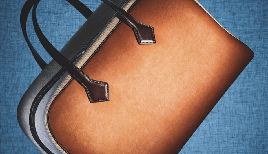 La Victoria bag di Hermès in Sylvania, un pellame derivato dai funghi e creato da MycoWorks (photo: Coppi Barbieri)