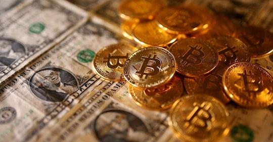 bitcoin vs investimento bitcoin cosa sono sole 24 ore