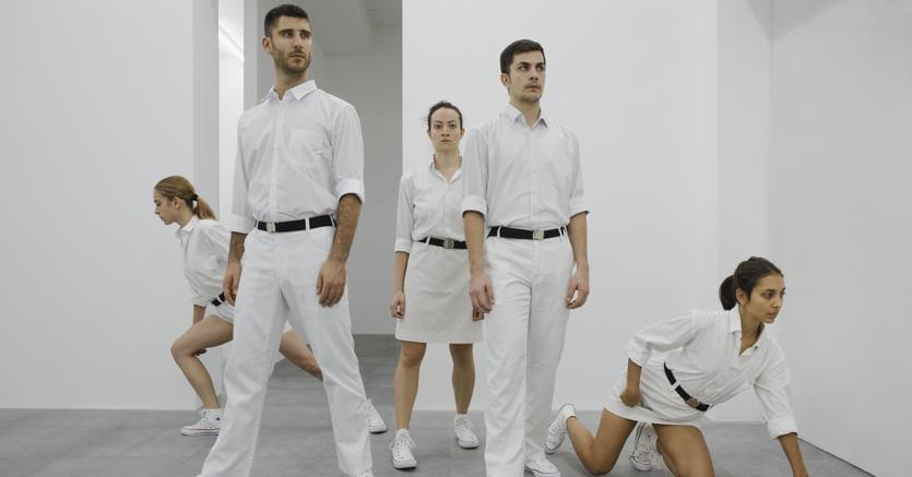 «Temporary Orders»di Public Movement,  mostra-performance presso Vistamarestudio a Milano (10 novembre-15 dicembre 2018)