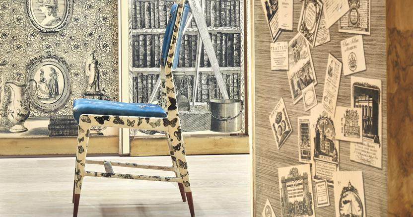 """Cambi """"Casa di Fantasia"""", Londra, due boiserie, un pannello in vetro dipinti, una porta in vetro dipinto con dettagli in ottone, un varco da parete e quattro lampade da parete in ottone, lavoro di Gio Ponti, Piero Fornasetti, Edina Altara e Guido Gambone nel 1951 realizzo 261mila euro contro una stima di 92-138mila euro"""